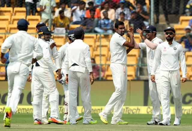 Bengaluru Test, India, Australia, KL Rahul, Cheteshwar Pujara, Mitchel Starc, Josh Hazlewood, Ajinkya Rahane, Ravindra Jadeja, Ravichandran Ashwin, Umesh Yadav, Nathan Lyon, Latest Cricket News, Current Cricket News, Today's Cricket News Headlines, Cricket News Headlines, Bengaluru Test news, Bengaluru Test headlines