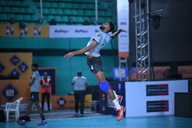 Kochi Blue Spikers are pitted against Ahmedabad Defenders